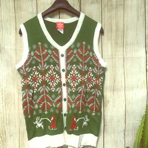 Sweaters - Green Ugly Christmas Sweater Vest Size Medium